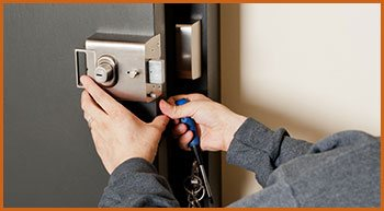 Village Locksmith Store Merion Station, PA 610-668-1488